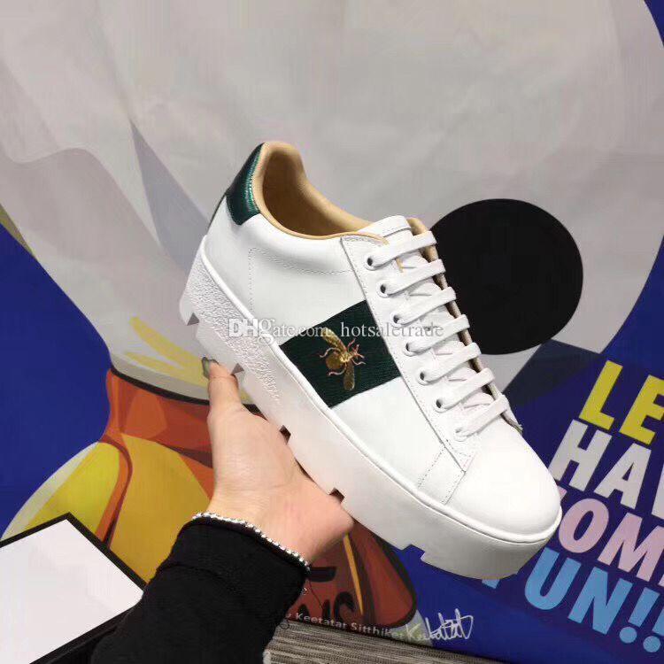 두꺼운 바닥 신발 남성 캐주얼 신발 꿀벌 패턴 스니커즈 화이트 컬러 스니커즈 베스트 셀러 크리스마스 선물 레이스 업