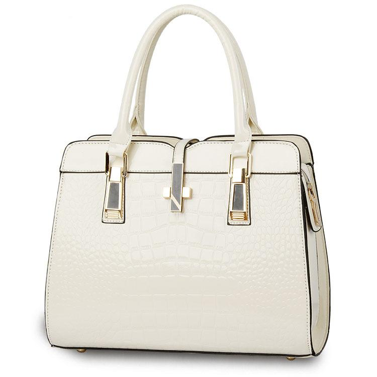 Timsah Deri Kadınlar Bez V Mektupları Çantalar Kalite Lady Omuz Crossbody Çanta saçaklı Çantası