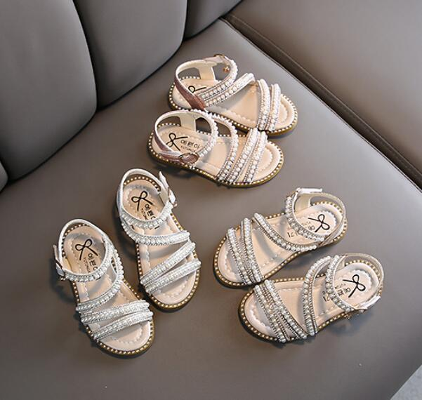 Zapatos nueva muchachas del verano del estilo romano sandalias de playa de los niños sandalias de la princesa de la perla rebordea el vestido zapatos de los niños del Rhinestone de verano