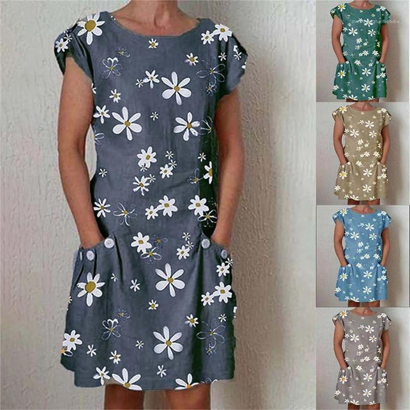 ملابس ديزي قصير كم جيب ثوب المرأة الصيف مصمم طاقم الرقبة فساتين عادية Famale الموضة الجديدة