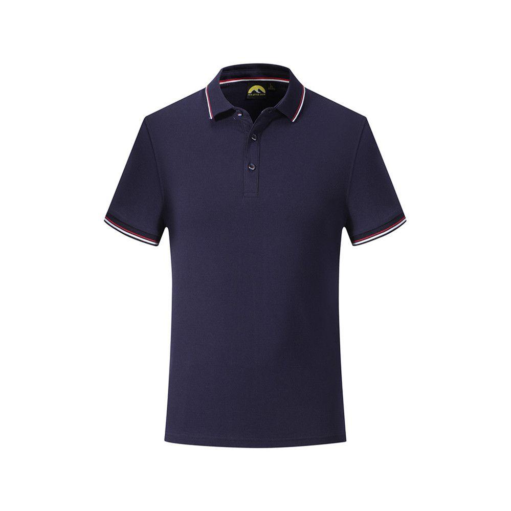 رجال (ميكو) الجدد يرتدون قمصان بولو عارضة أزياء الرجال يرتدون قمصان بولو ذات ألوان صلبة
