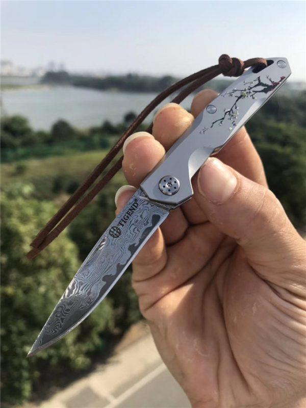 Damasco Mini pequeno EDC bolso faca dobrável cinza titânio revestido identificador de aço inoxidável com bainha de couro