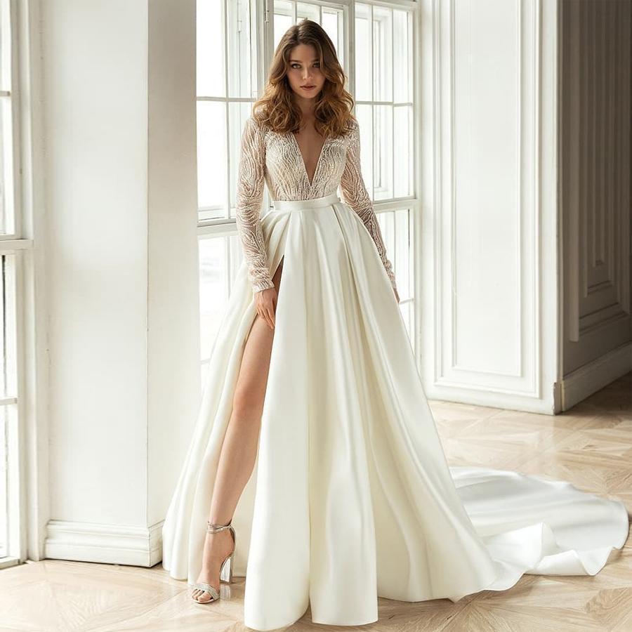 Şaşırtıcı Dantel Uzun Kollu Backless Gelinlik A Hattı Derin V Yaka Yan Bölünmüş Gelinlik Sweep Tren Saten elbise de mariée