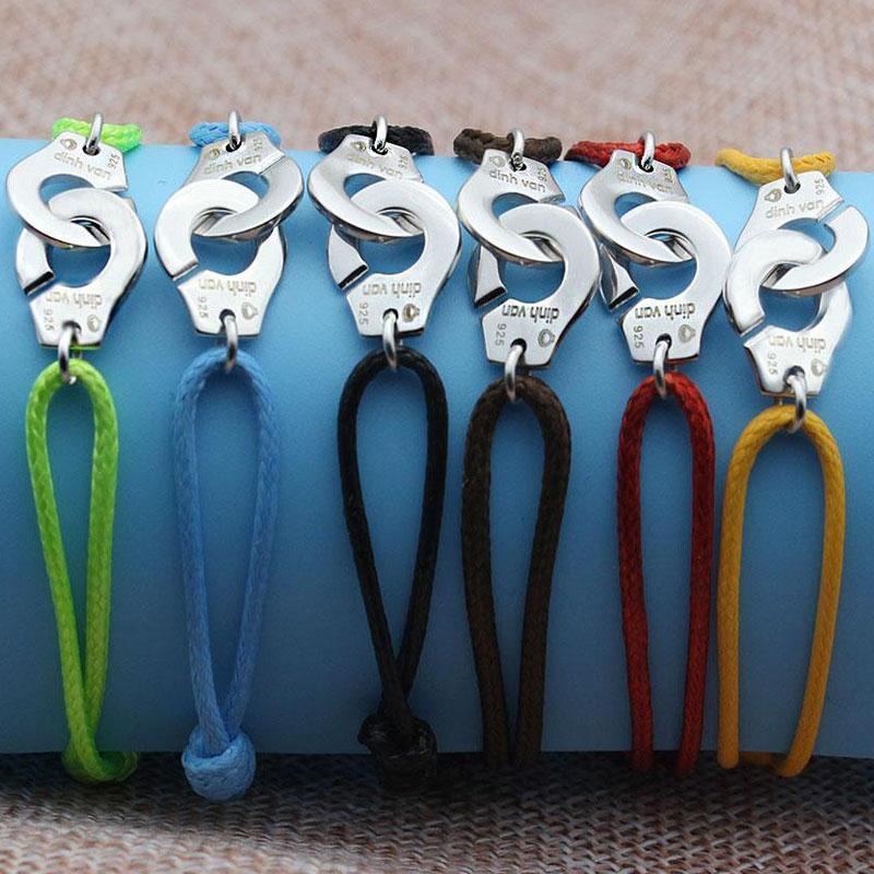 Meilleures ventes avec le logo Dinh et 925 Acier Français chaud Titane Couple Bracelet réglable Menottes Bracelet cadeau Livraison gratuite