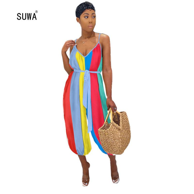 Heißen Verkaufs-Art- und Regenbogen-gestreifte Dame Casual Jumpsuits 2020 Sommer reizvoller tiefer V-Ausschnitt Spaghetti-Bügel-lose-Strand-Art-Spielanzug