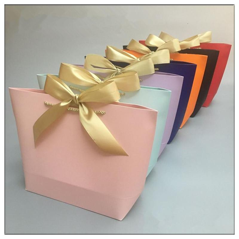 gift bag Gold Present Box For s Clothes Books Packaging Gold Handle Paper Box Bags Kraft Paper Gift Bag With Handles Dec SH190920