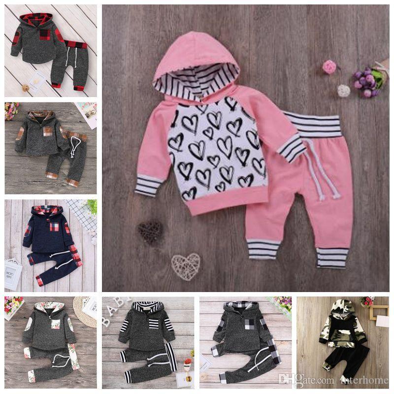 Kids Designer Clothes Boys Plaid Tracksuits Camo Striped Hoodies Pants Clothing Sets Patchwork Floral Coat Pants Suits Autumn Casual B6784