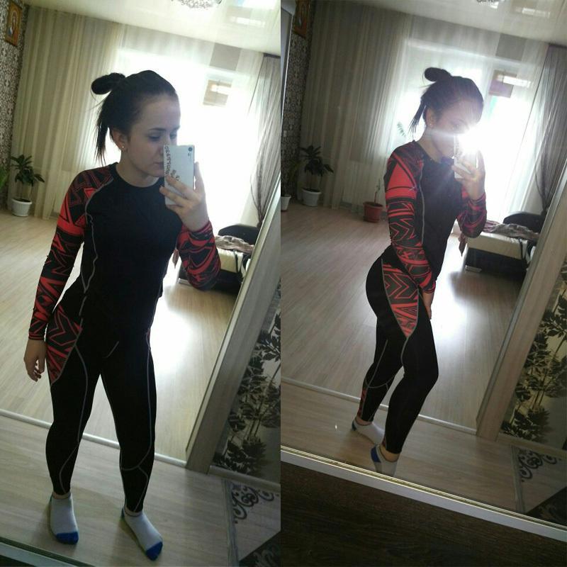 Les sports de course costume couche de base de sous-vêtements thermiques survêtements de jogging femmes Leggings Compression fitness CrossFit T-shirt T200408