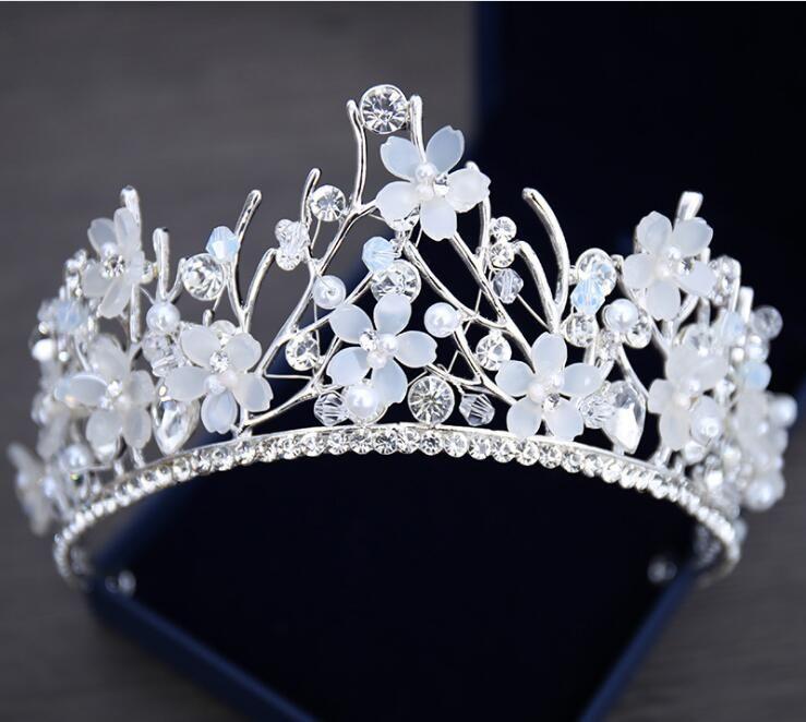 Bling con cuentas de cristal coronas de boda 2019 Barato joyería nupcial del diamante perlas de diamantes de imitación diadema pelo corona chicas mujeres Proms fiesta Tiaras