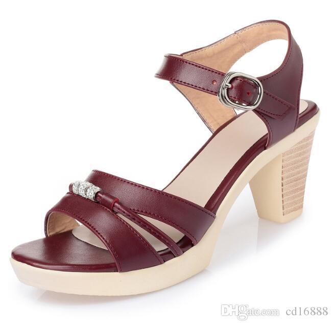 El más popular de las mujeres del verano 2019 sandalias de los zapatos de moda de Nueva sandalias de tacón alto del Rhinestone Zapatos de cuero reales Sandalias de la mujer