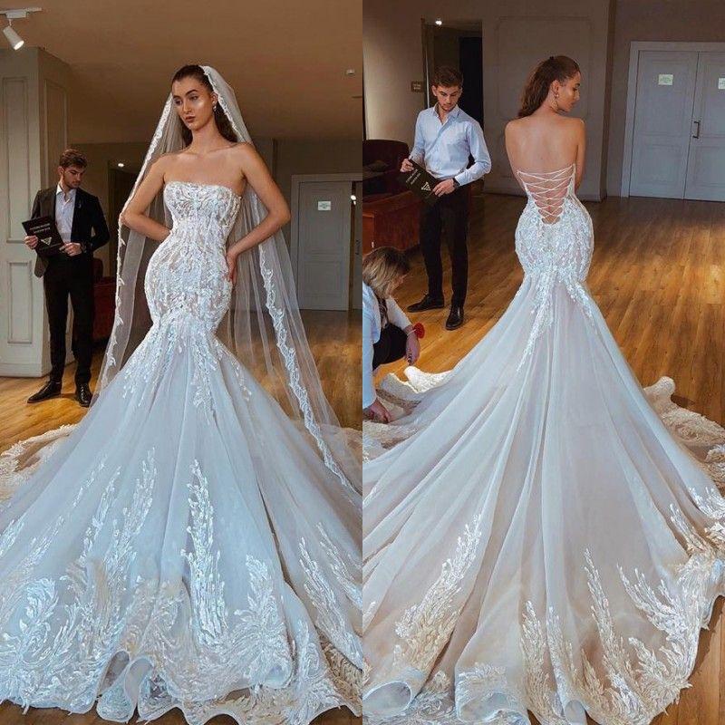 2020 Hermosa sirena sin tirantes de vestidos de novia sin espalda ilusión del corsé ata para arriba el vestido de novia de tren capilla Vestido de Noiva
