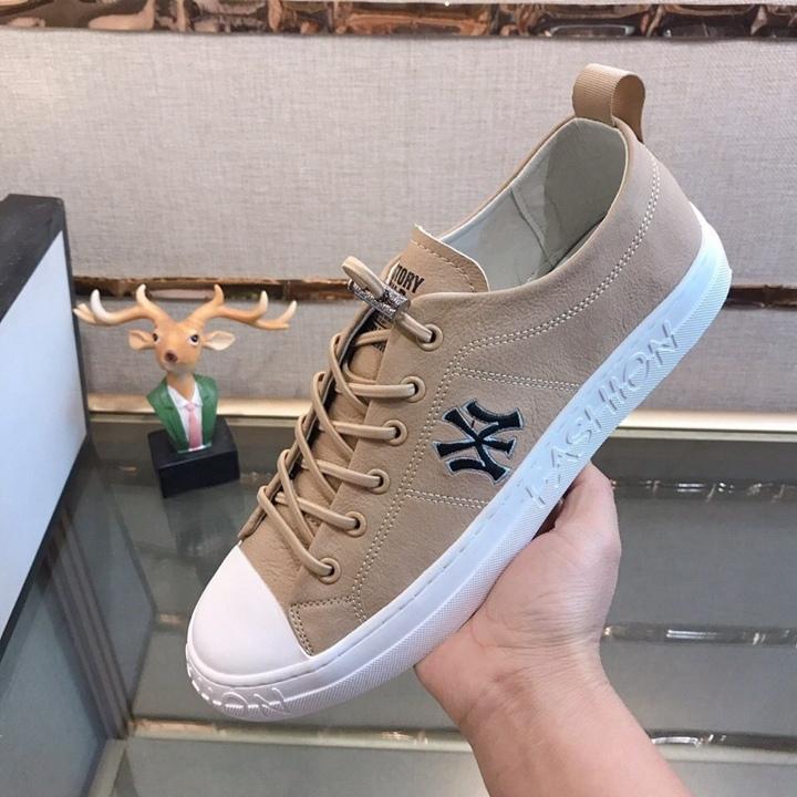 Lüks 2020 beyaz Espadrilles 522 marka firmate kazımanıza hava ayakkabılar kapalı üçlü yeni erkek kuvvetler platformu eğitmenler tasarımcı spor ayakkabıları womens
