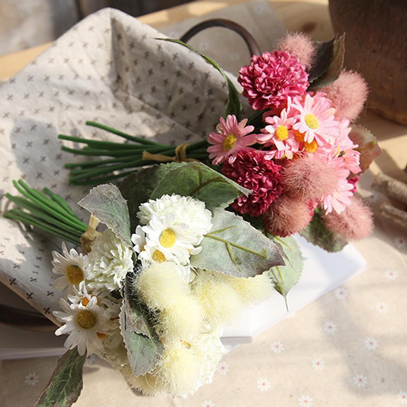 Artificial Flower Bouquet Holding Flowers Decoration For Party Wedding Silk Flowers Bridal Chrysanthemum Festival Home Decor