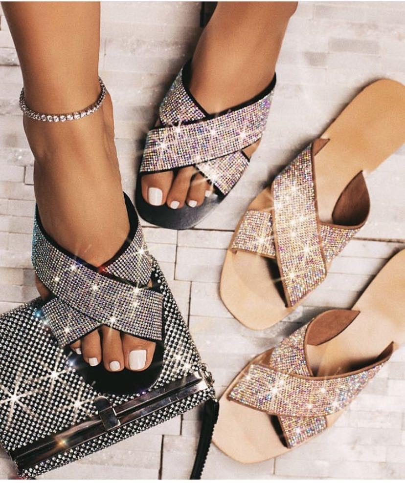 Pantofole donna sandali femminili strass solido di colore pantofole 2020 nuova spiaggia Moda vacanze scarpe basse con Comfort Outdoor selvaggio Slipper