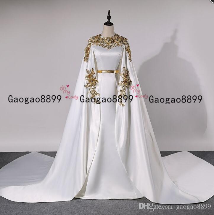 2020 modestes dubai sirène tache des robes de mariée avec de l'or dentelle Robe de Noiva Appliques longue cape formelle Robes de mariée Plus Size