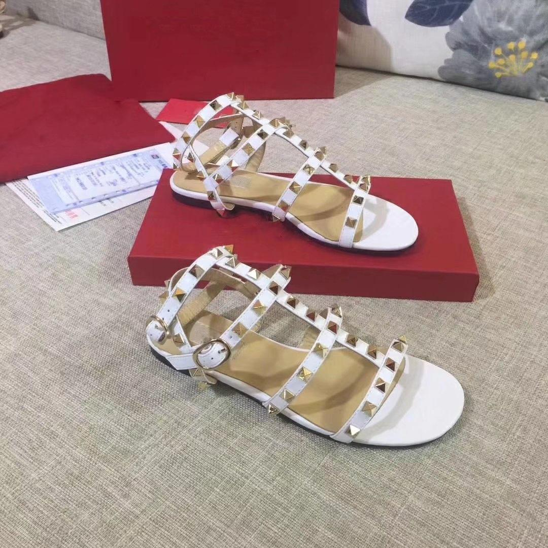Frauen Leder Bolzen Sandalen mit T-Riemen Sandale Sommer Nieten Schuhe Damen Sexy Parteischuhe 6colorsize 41