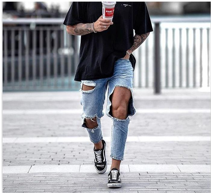 Big Hole Popular Mens Jeans Knees Exposed Mens Pencil Pants Summer New Capris Casual Fashion Jeans