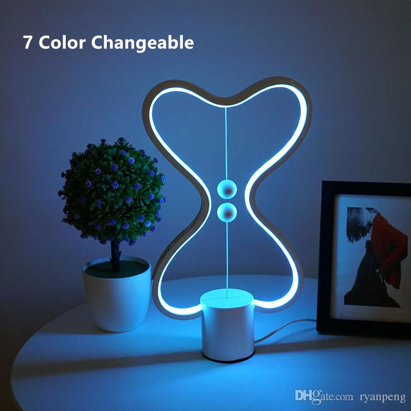 7 Colori Changeable Heng Balance Lamp USB Powered Home Decor Camera da letto ufficio bambini lampada lava per bambini regalo lampada da notte di Natale