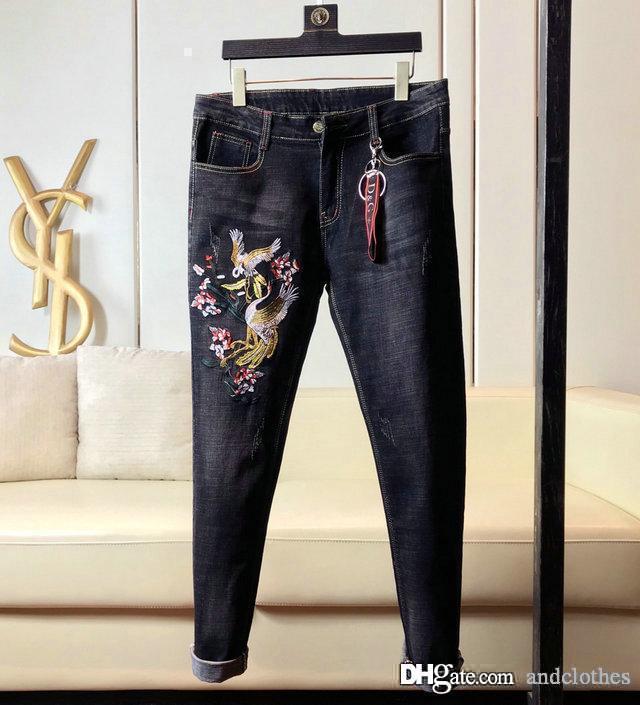 2019 Herren Designer-Jeans Großhandel Herren-Jeans, europäische Denim Produktion von guter Qualität HAKA Shorts gießen hommes mens Desig