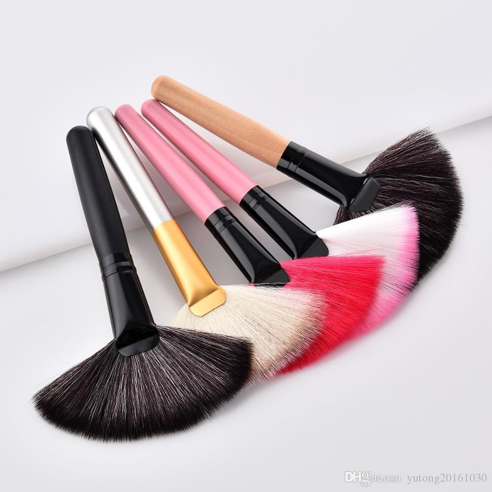 1Pcs Highlighter Makeup Brushes Fan Brush For Highlighter Contour Powder Foundation Blush pincel maquiagem Cosmetic Make Up Tool