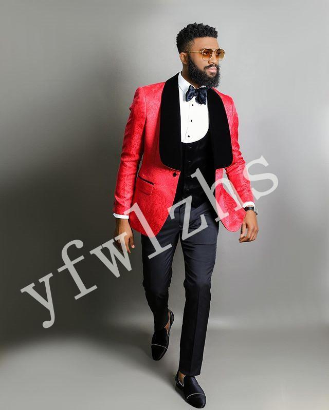 La nueva llegada con un solo botón Trajes de los padrinos Mantón solapa del novio esmoquin hombres de la boda / Prom mejor hombre Blazer (chaqueta + pantalones + chaleco + Tie) B104