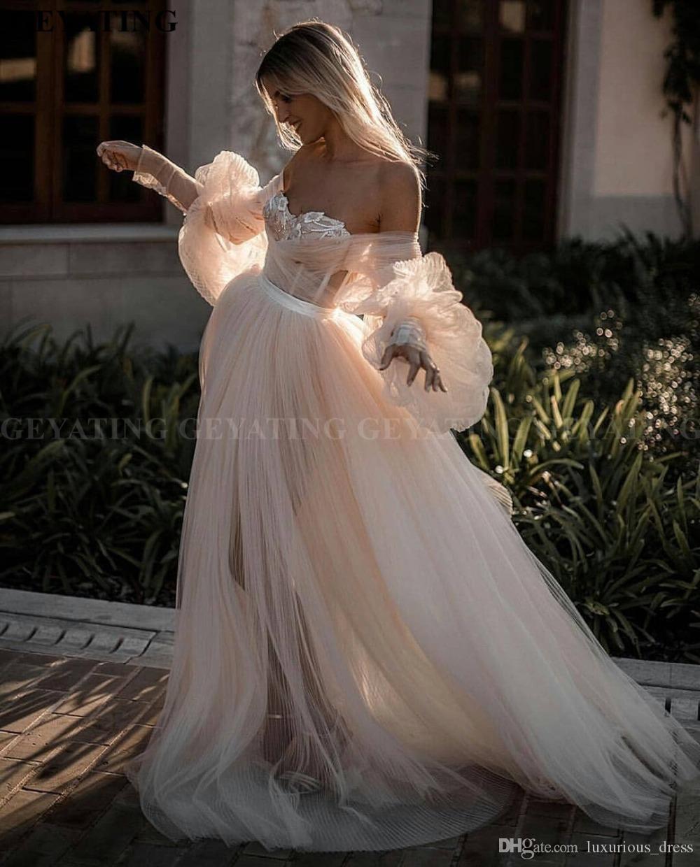 Romântico ombro Off Vestidos de casamento Champagne Boho do vestido de casamento mangas compridas laço do vintage Bohemian vestidos de noiva Beach País