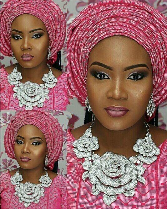 Bijoux de mariage nigérien africain Ensembles bijoux indiens Ensemble Collier Fleur Big Silver boucles d'oreilles femmes Ensemble de bijoux WC003 CJ191203
