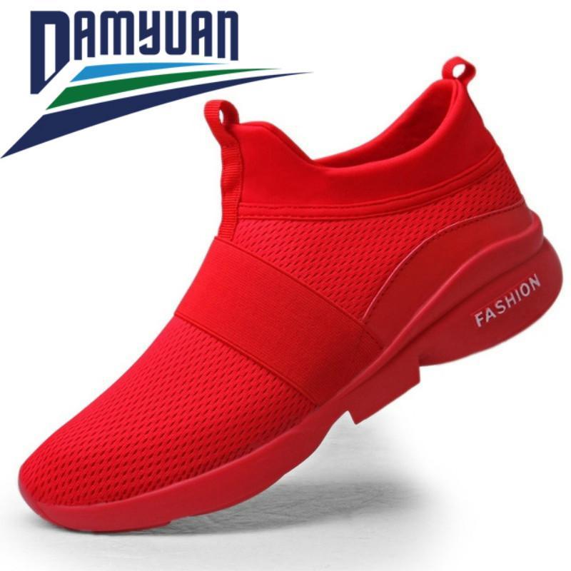 Printemps 2020 chaussures pour hommes, chaussures en mesh respirant, à la mode, plus la taille chambre chaussures, chaussures intérieur confortable et décontracté