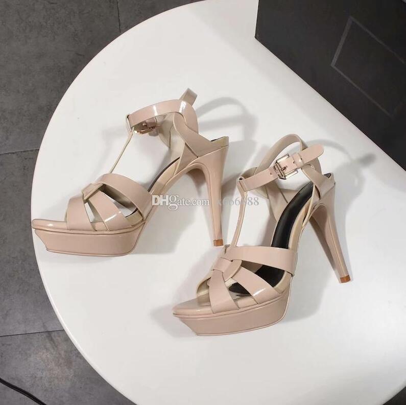 Высокий каблук платформы сандалии Новый дизайнер Tribute Патентные Мягкая кожа платформы сандалии Runway снегоступы Toe Модели Fottwear обувь