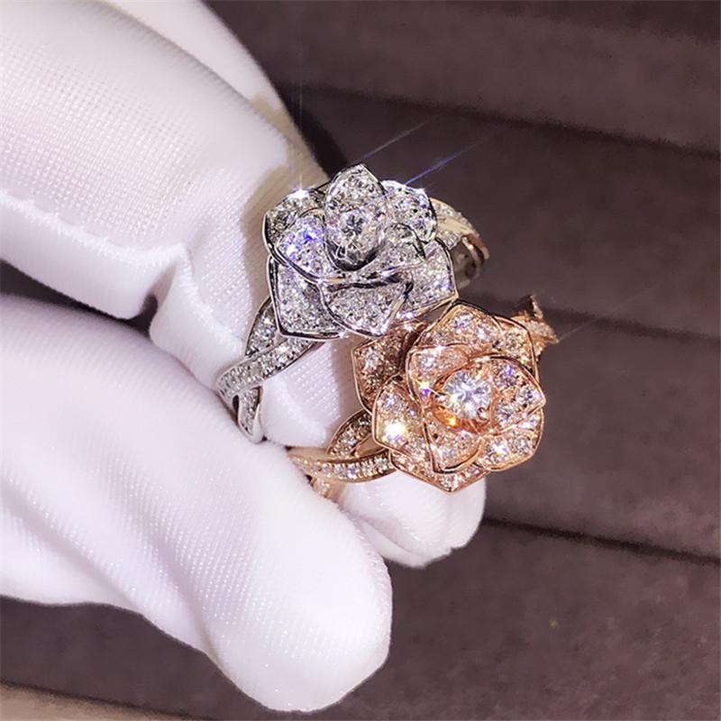 Design Große Rose Blume Ring Luxus Kristall Weibliche Silber Rose Gold Verlobungsring Vintage Party Hochzeit Band Ringe für Frauen