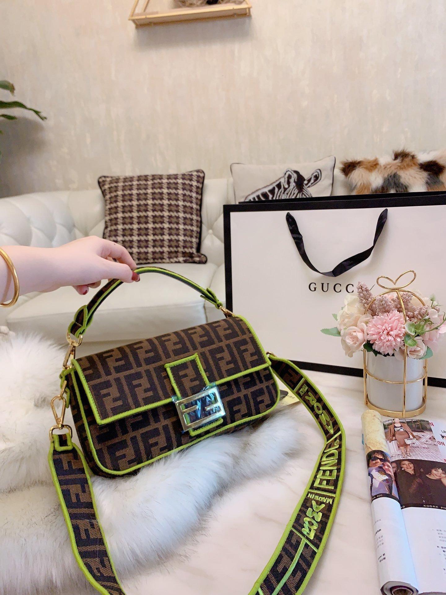 Женщины мода кожи сумка большой емкость сумка Косые охватывают портативное двойное назначение 1215006