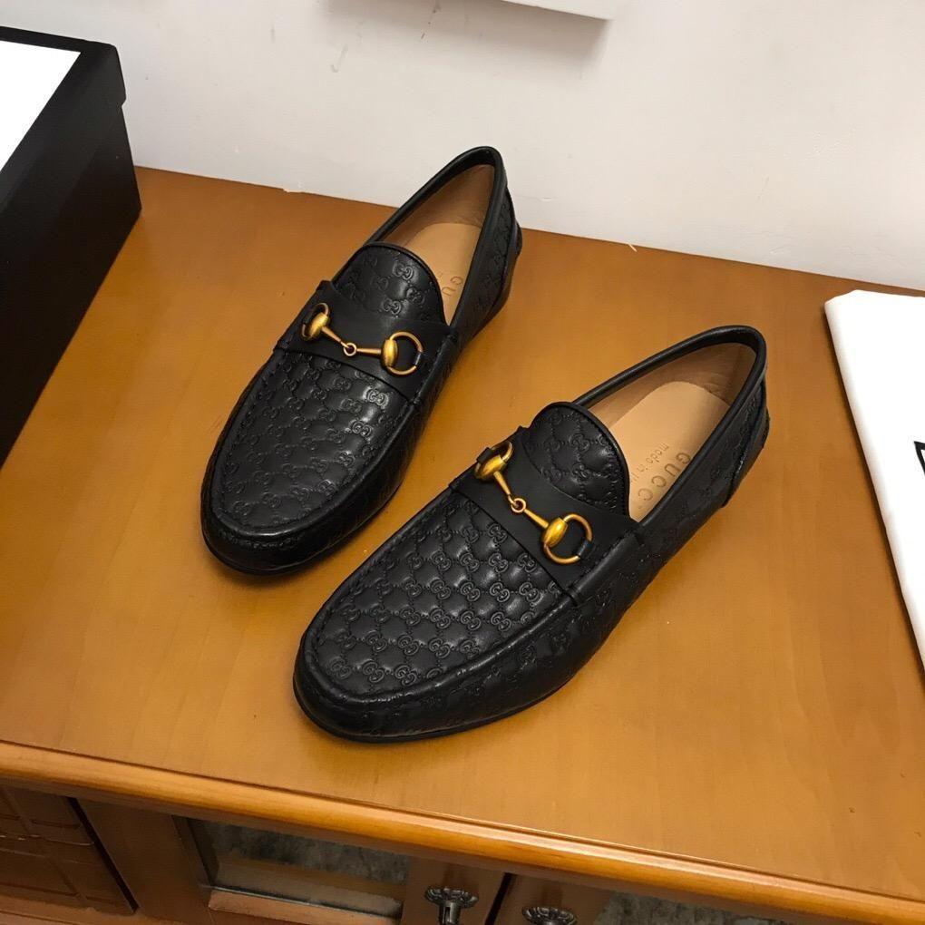 2020Diseñador de zapatos para hombre NUEVA Formadores las zapatillas de deporteGGZapatos hombres de negocios casual 38-45 00080113