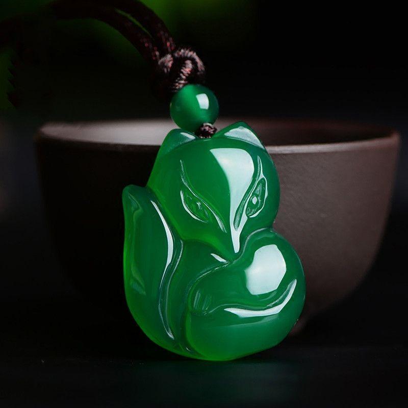 Gioielli Collana Calcedonio pendente di Fox bianco sveglio Agata Fox Jade fortunato Amuleto Propizio Pendenti Uomini Donne Jade