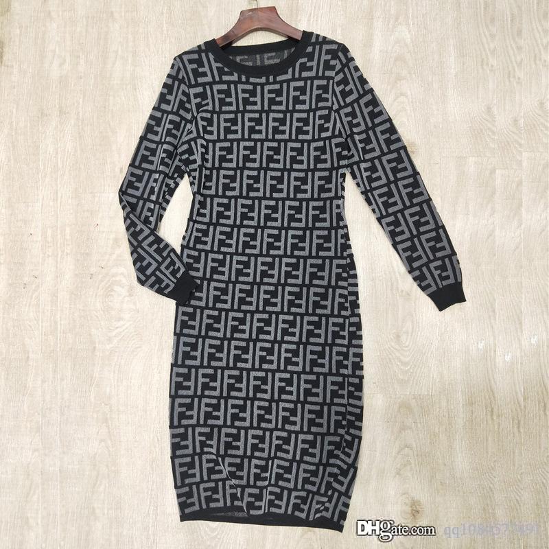 Thin с длинными рукавами Письмо вокруг шеи над коленом Длинная юбка 2019 лето и осень моды качество нового Knit юбка конструктора