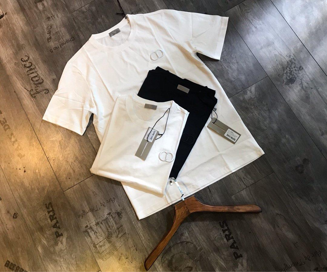 Livraison gratuite Marque Shirt Hot Vendeur Designer Femmes Hommes T-shirt Fashion Casual été T-shirts de haute qualité de luxe dames Chemise de fille 202003215Y