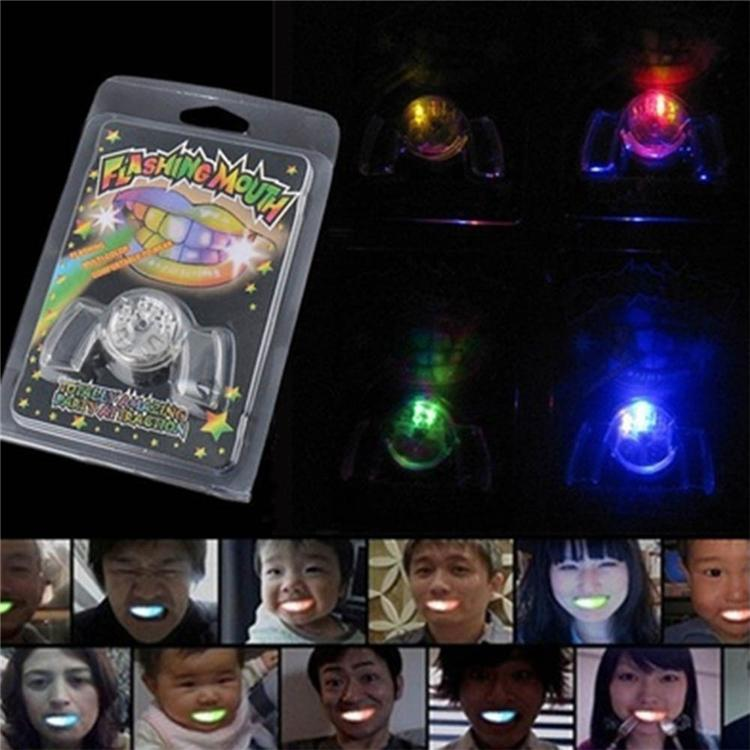 Flashing LED Light Up Mouth Braces Piece Glow Teeth For Halloween Party LED Rave Toys Flashing Teeth Mouth Toy DHL ESS156