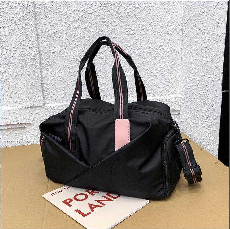 Çanta Büyük Kapasiteli El Bagaj Çanta Moda Omuz Çantası Haftasonu spor çantası Boarding 2020 Yeni XC1916 Erkek / kadın Seyahat Çantaları