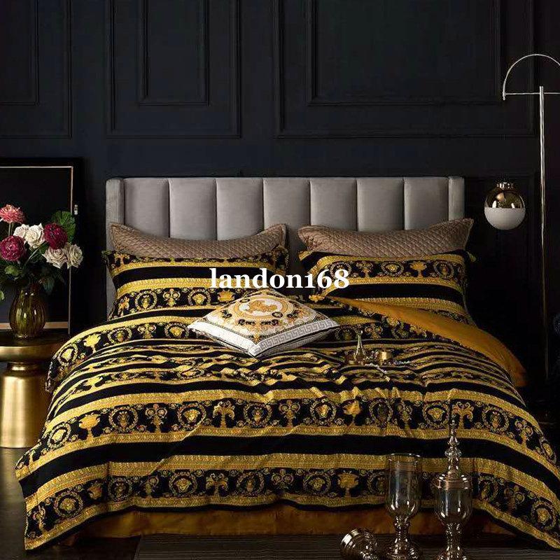 유럽 스타일의 고급스러운 침구 세트 궁전 스타일 60 긴 스테이플 목화 이부자리 네 종 세트 하이 엔드 Beding 공급