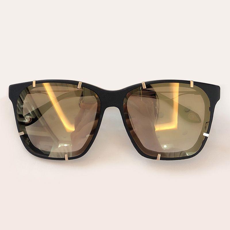 lusso- 2019 Hot Fashion Square Occhiali da sole Ladies Rivet Frame Occhiali da sole Donne Vintage Brand Oversize Occhiali da sole Donna Oculos de sol