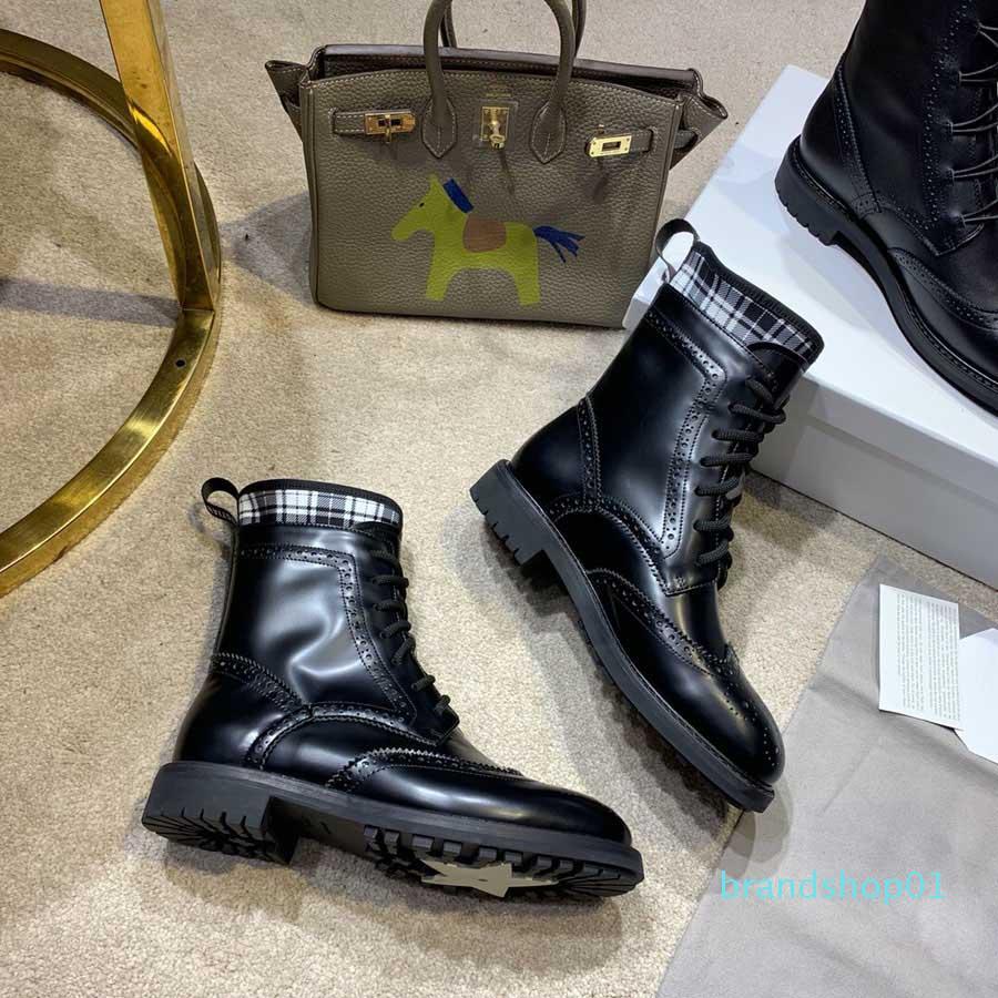 Sıcak Satış-Yeni 2019 D Yüksek Kalite Dantel-up Bayanlar Lüks Tasarımcı hakiki inek derisi Deri Kadın Martin Boots Drop Shipping Sizes35-40