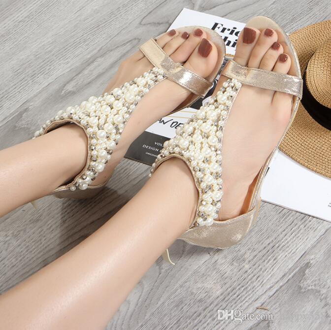 Été 2020 Nouveaux styles européens et sandales compensées perle de la mode américaine mi-talons pour les femmes de Bohême