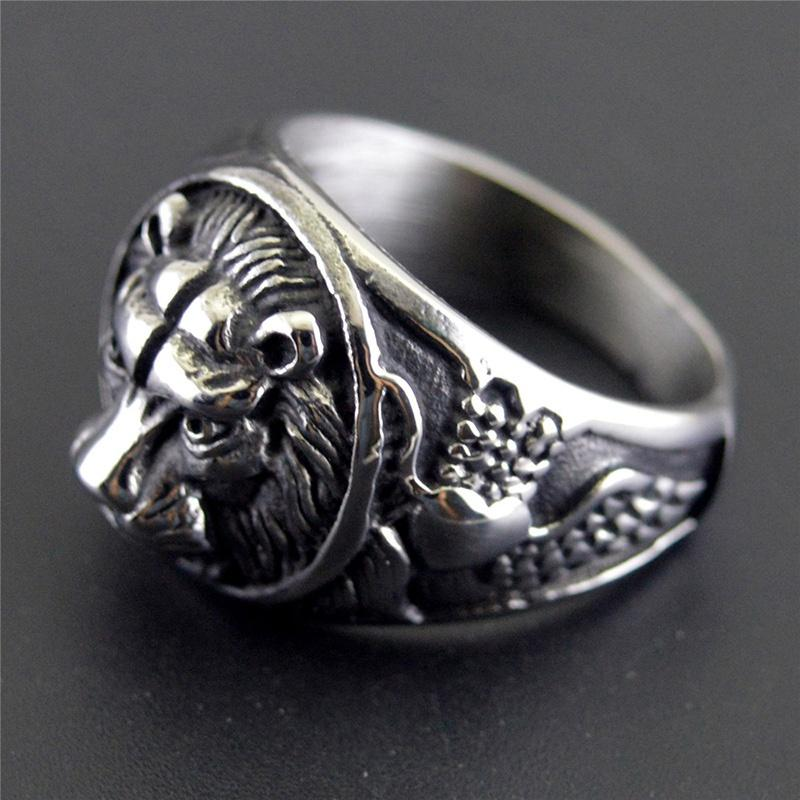 Regalo di festa il trasporto libero all'ingrosso re di stile anello gioielli di design di lusso d'acciaio di titanio Lion Head Uomo