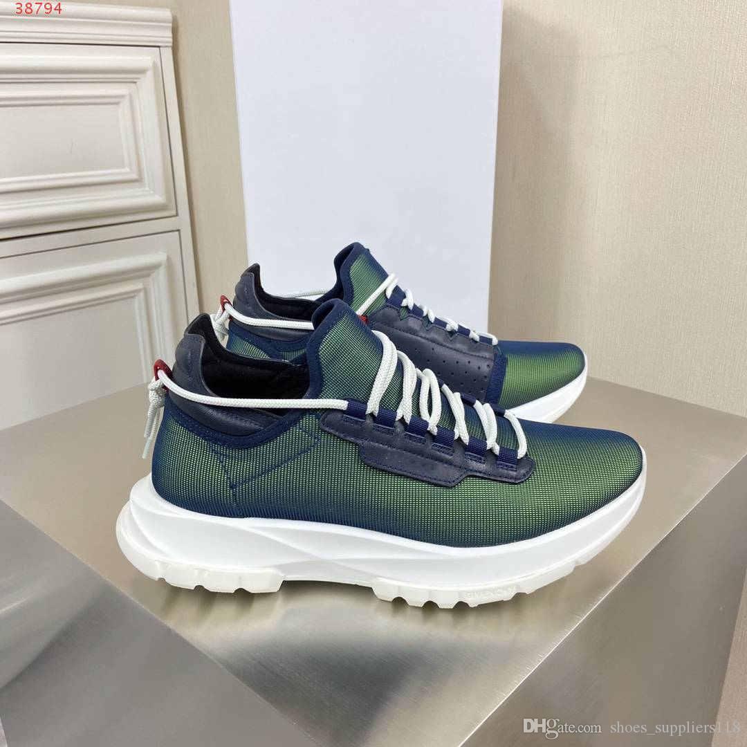 2020 sapatos masculinos de couro e tecidos respiráveis, céu azul, preto e branco acessível Branded calça o tamanho 38-45 com a venda quente embalagem