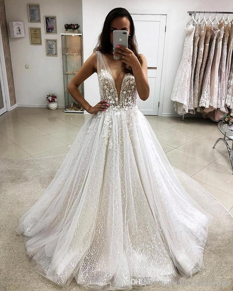 V Neck Lace Appliques A Line Wedding Dresses Tulle Sequins Bridal Gowns 2019 Formal Empire Waist Long Vestidos De Marriage Custom