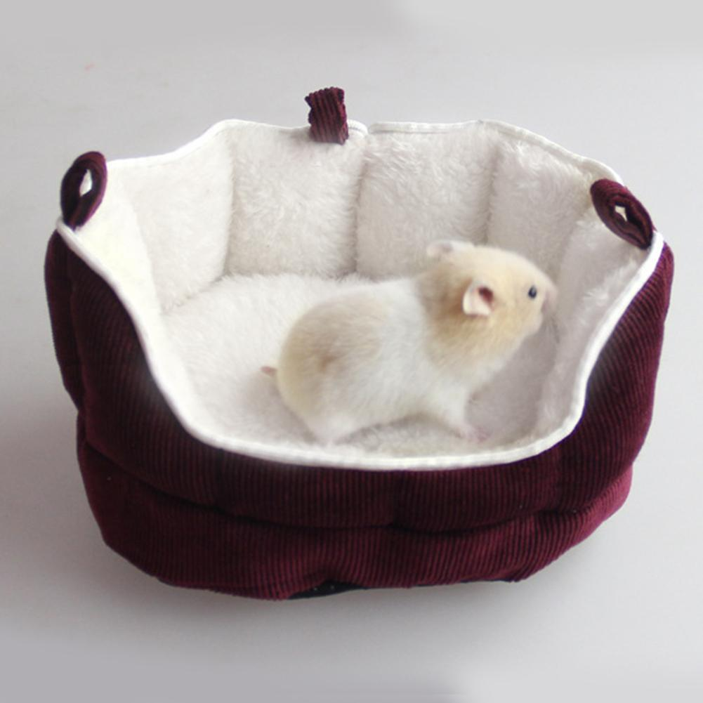 Creative Small Pet Sleeping Bed Ferret Rabbit Guinea Pig Hamster Squirrel Mice House Bed Sofa Sleeping Bag House Puppy Cave Bed