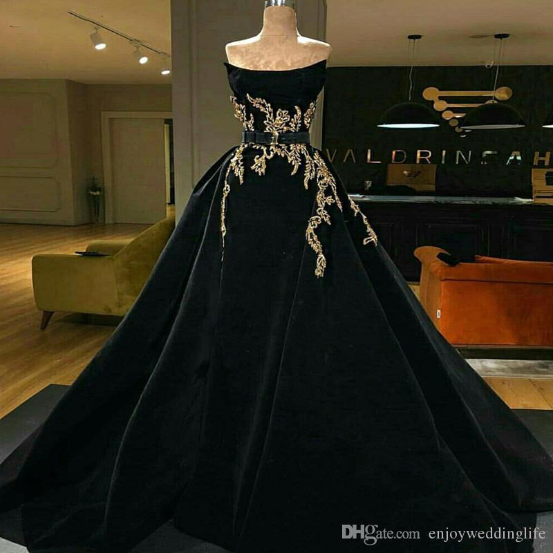 New Arrival Plus Size Quinceanera Dresses Lace Appliques Sweet 15 Velvet Floor Length Celebrity Red Carpet Dresses Vestidos De 15 Anos