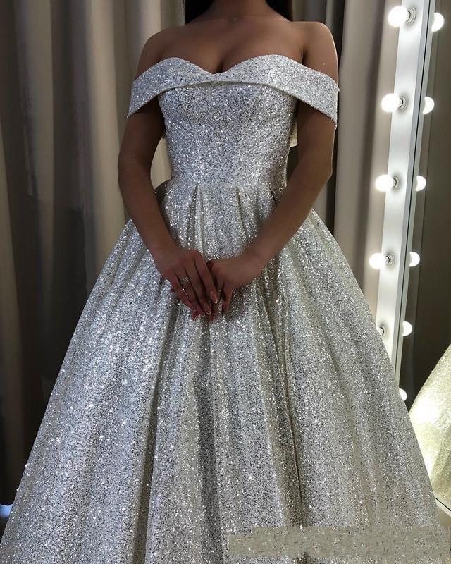 Árabe Dubai Bling Bling Sliver lantejoulas A linha de vestidos de noite Alças Open Back até o chão Plus Size formal do partido Prom Vestidos