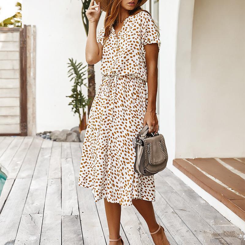 Points Robe imprimé blanc d'été Femmes 2020 Nouveau manches courtes Tunique Vintage Midi Casual Robe de vacances Boho Robe de plage Vestidos