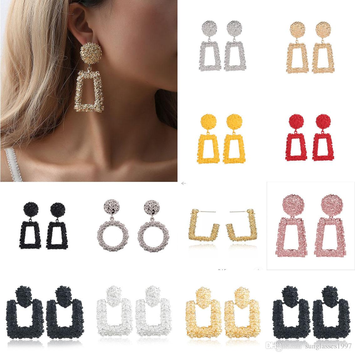 Big Vintage Boucles d'oreilles pour femmes Couleur Or Golden Poste Boucles d'oreilles 2018 Métal Bouge De Tendance suspendue Bijoux