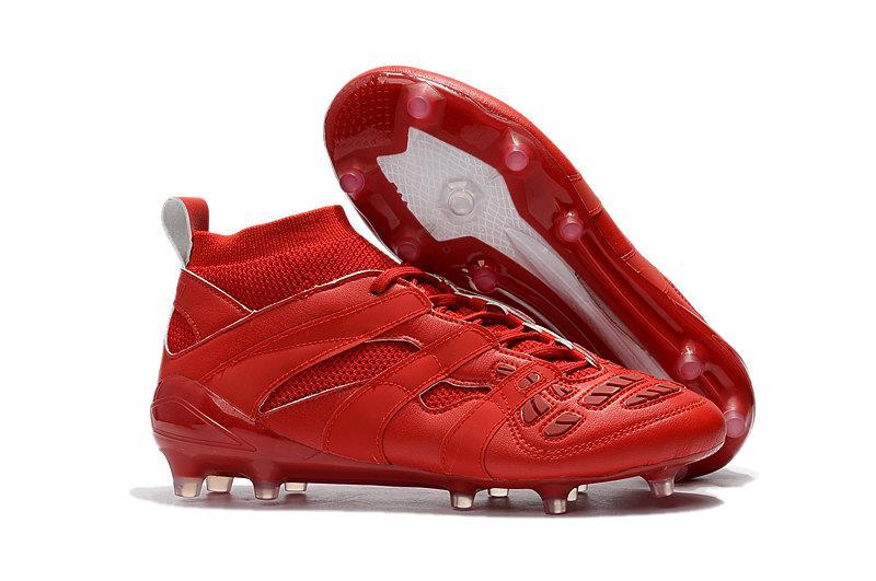 2019 Mens Turf Soccer Cleats FG Soccer Shoes Crampons De Football Boots Predator Mania Precision Accelerator DB David Beckham TF Gold